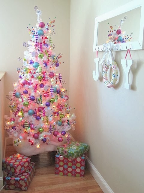 Christmas Candy Wreath  Sew Many Ways Easy Christmas Candy Wreath