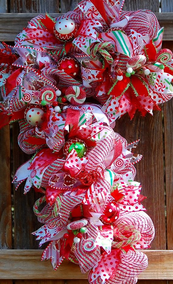 Christmas Candy Wreath  Best 25 Candy wreath ideas only on Pinterest