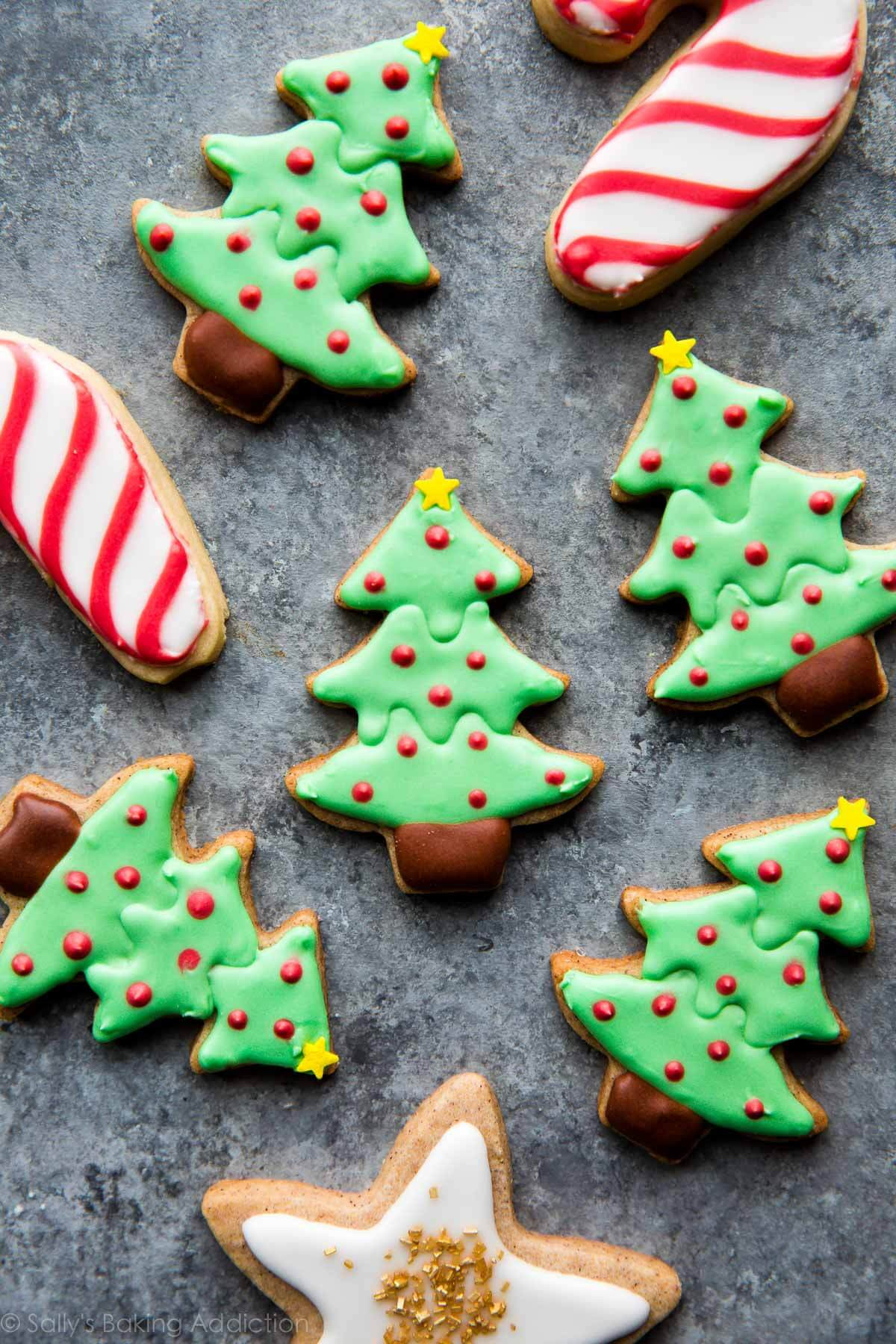 Christmas Cookies Sugar Cookies  How to Decorate Sugar Cookies