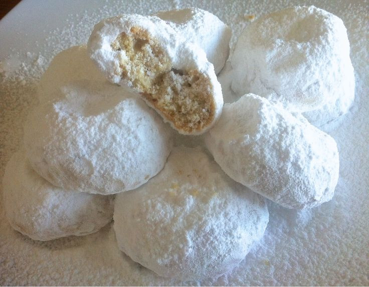 Christmas Cookies With Powdered Sugar  17 Best ideas about Greek Cookies on Pinterest
