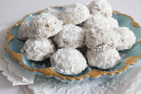Christmas Cookies With Powdered Sugar  Pecan and Cranberry Cookies Confessions of a Chocoholic