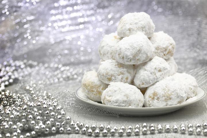 Christmas Cookies With Powdered Sugar  Recipe for Kourabiedes Greek Sugar Cookies