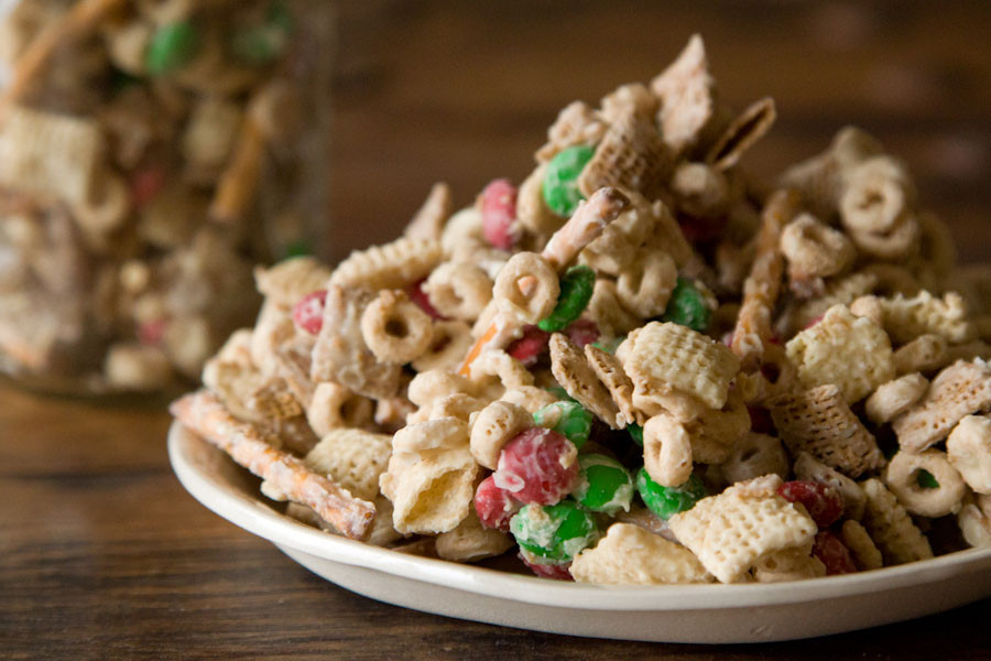 Christmas Crack Recipe With Pretzels  Christmas Crack A Giveaway