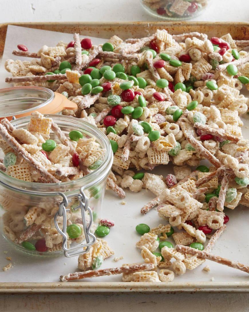Christmas Crack Recipe With Pretzels  Christmas Crack Recipe