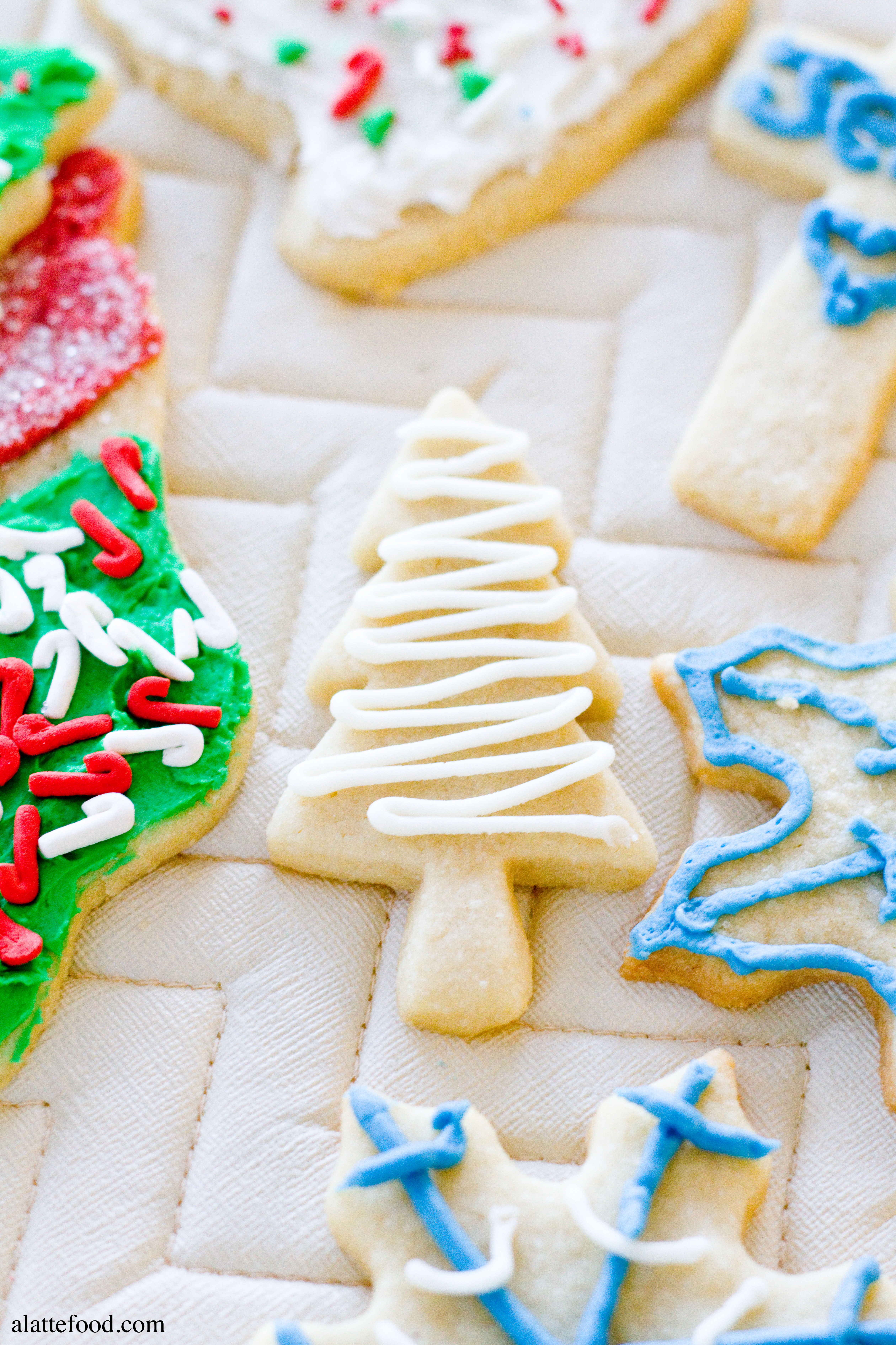 Christmas Cutout Cookies  Soft Baked Cutout Sugar Cookies