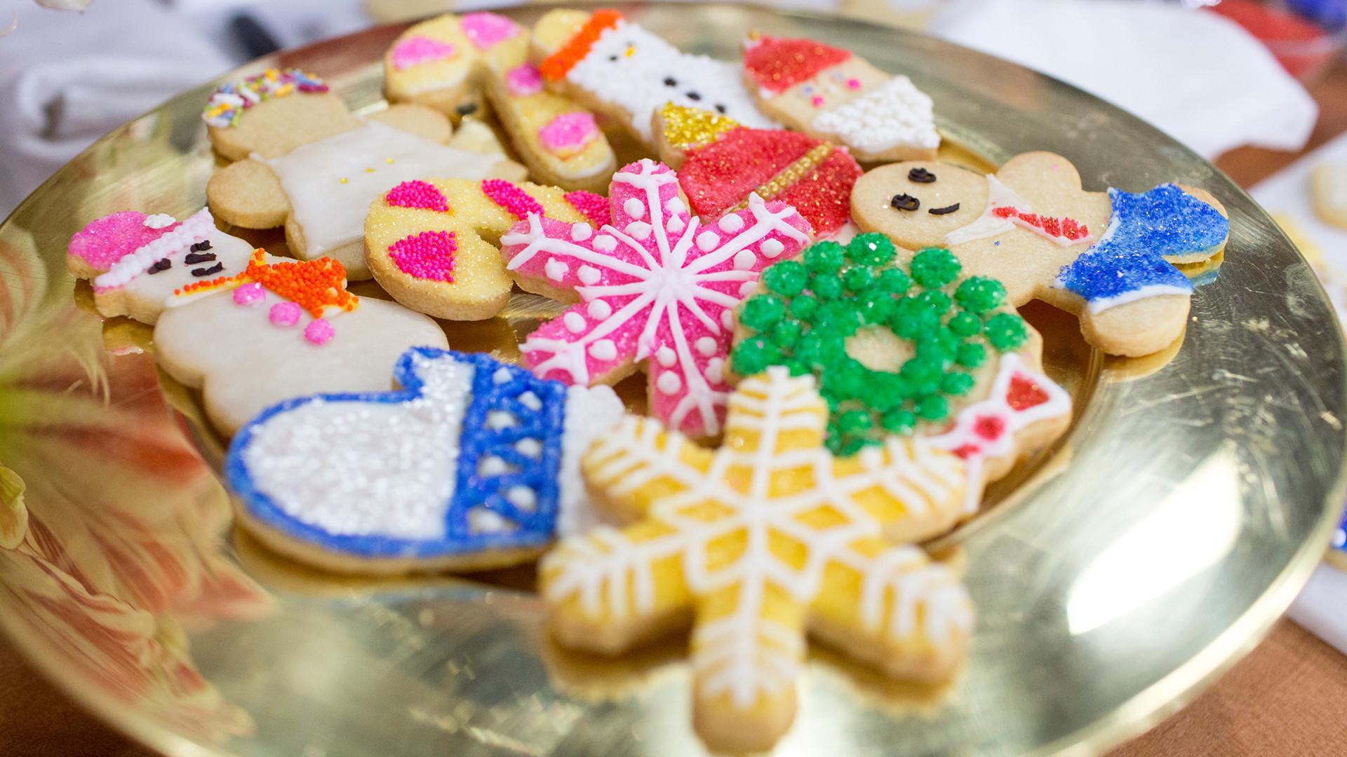 Christmas Cutout Cookies  Christina Tosi s 4 Ingre nt Cutout Cookies TODAY