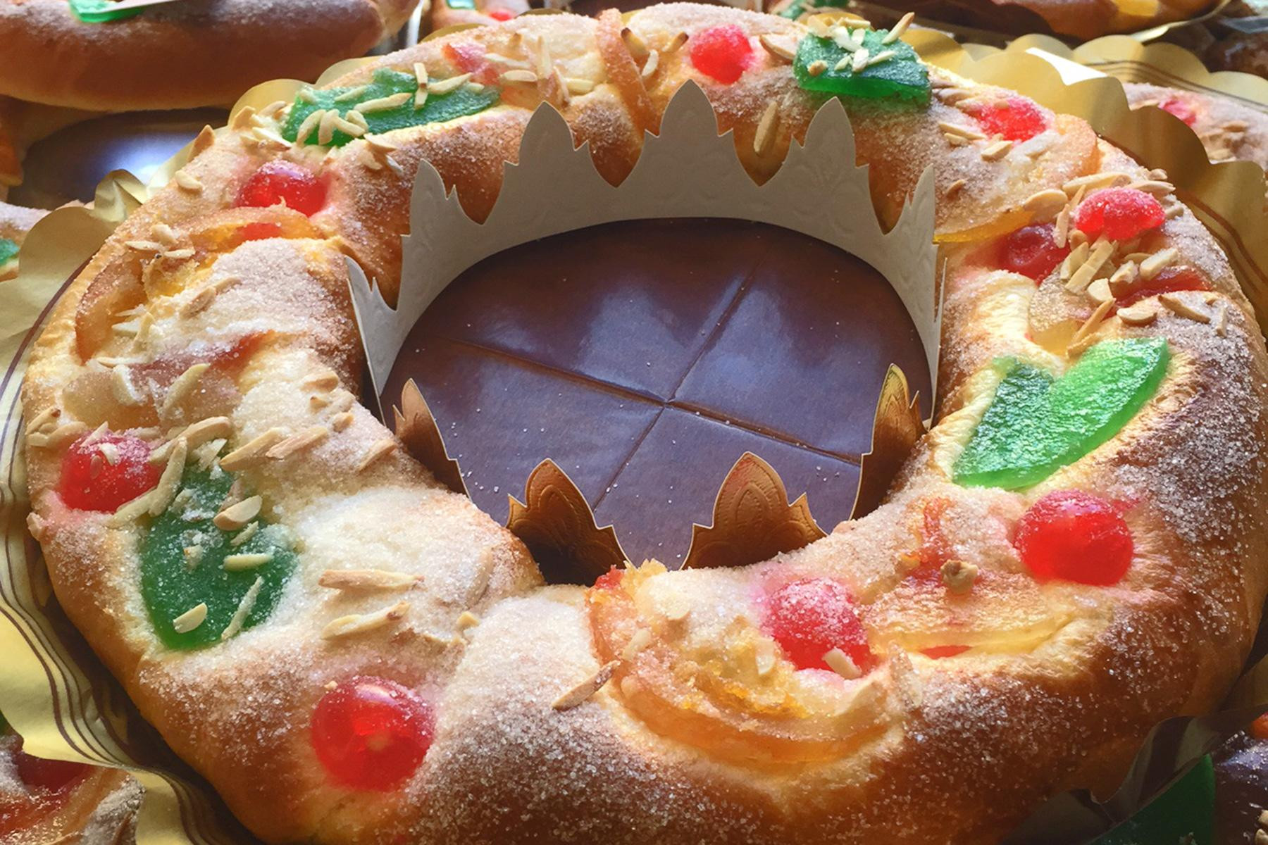 Christmas Desserts From Around The World  Traditional Holiday Desserts from Around the World