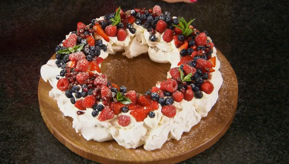 Christmas Desserts Mary Berry  Mary Berry Christmas pavlova wreath recipe The Great