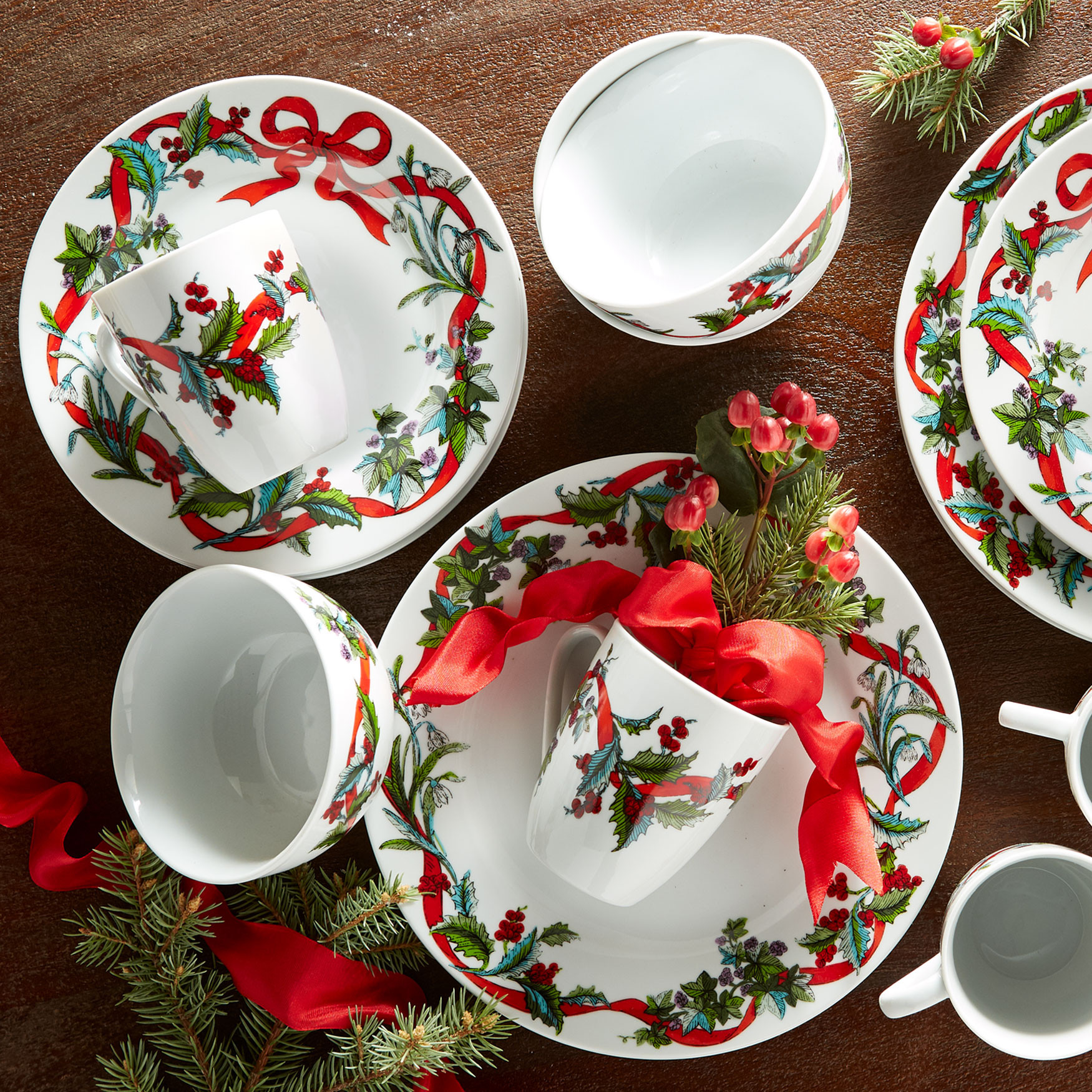 Christmas Dinner Set  16 Pc Christmas Dinnerware Set