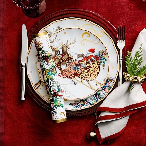 Christmas Dinner Set  54 Christmas Themed Dinnerware The Perfect Dinnerware Set