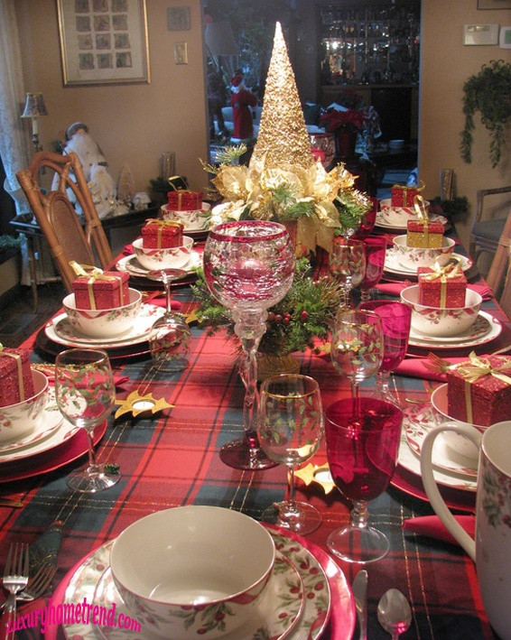 Christmas Dinner Table  50 Most Beautiful Christmas Table Decorations – I love Pink