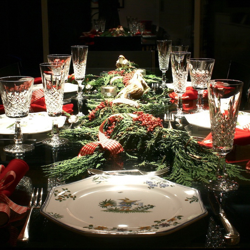 Christmas Dinner Table  Modern Thrill A love letter to modern culture