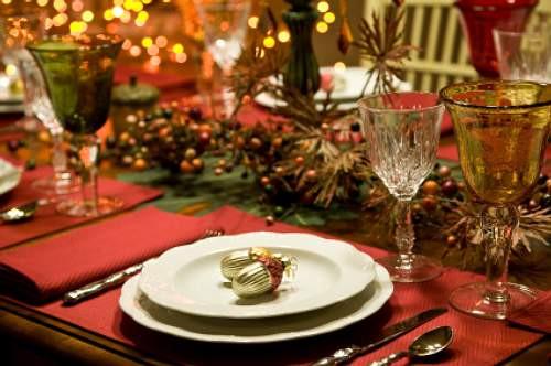 Christmas Dinner Table  house of decor Christmas Dinner Table Setting