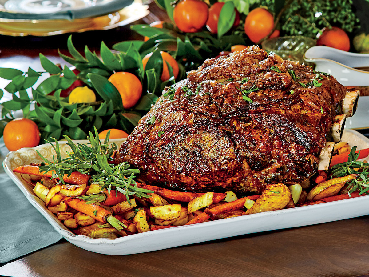 Christmas Dinner Vegetables  Peppercorn Crusted Standing Rib Roast with Roasted