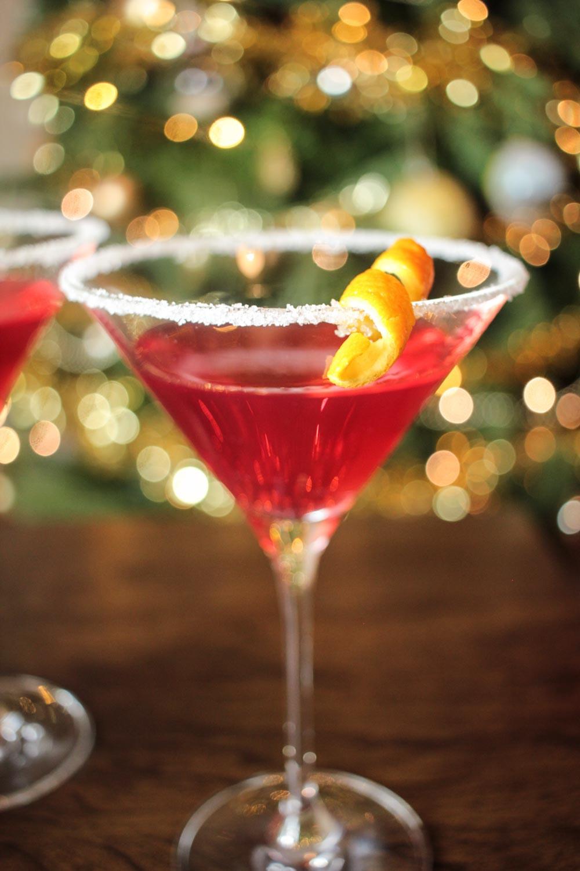 Christmas Drink Recipes  Christmas Martini Recipe Globe Scoffers