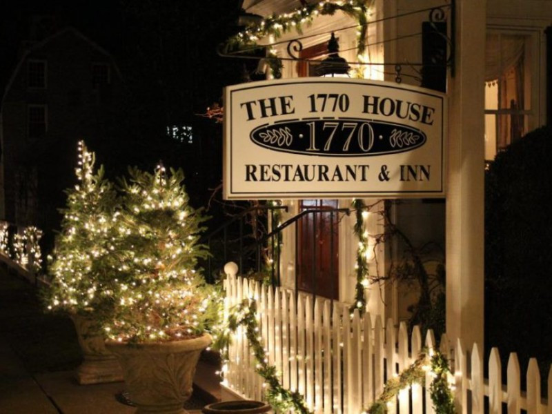 Christmas Eve Dinner Ny  10 Places Serving Christmas & Christmas Eve Dinner