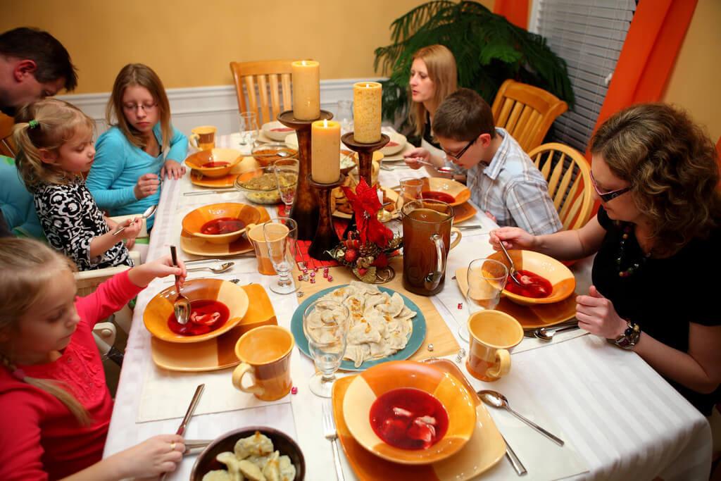 Christmas Eve Dinners  A Polish Christmas Eve Dinner Global Volunteers Service