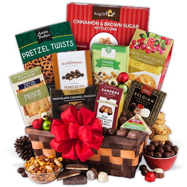 Christmas Food Gifts Baskets  GourmetGiftBaskets Classic Christmas Gift Basket