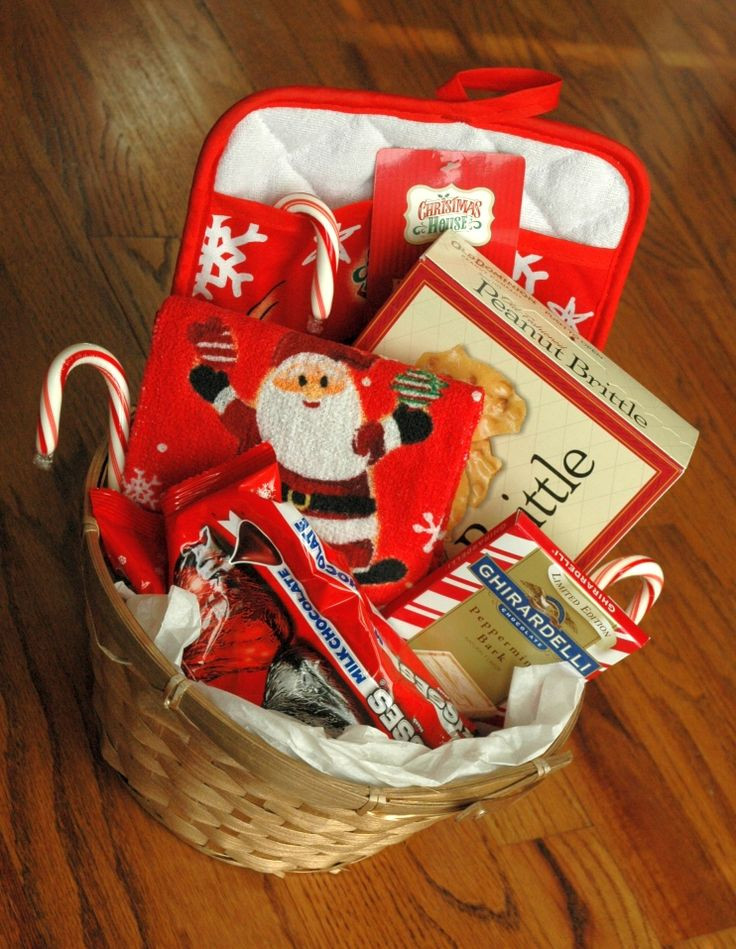 Christmas Food Gifts Baskets  1000 ideas about Food Gift Baskets on Pinterest