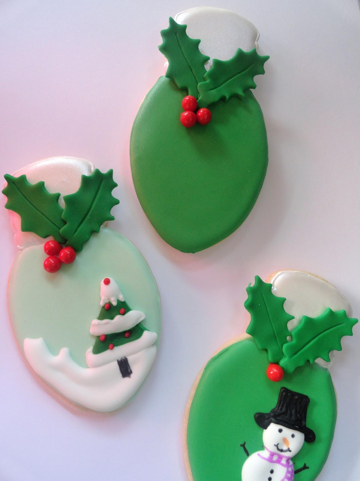 Christmas Light Cookies  Pink Little Cake Christmas Light Bulb Cookies