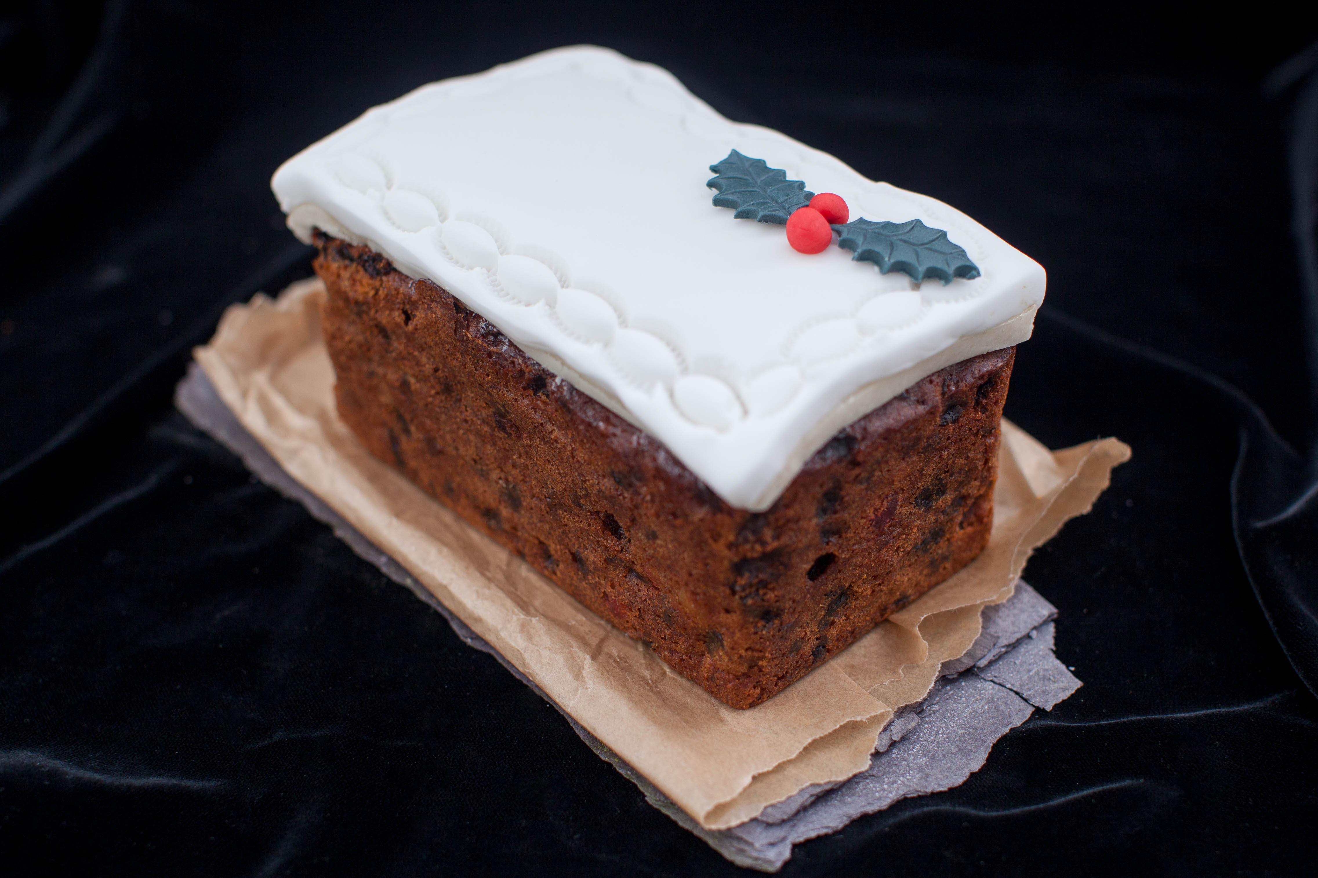 Christmas Loaf Cakes  Christmas Puddings & Cakes