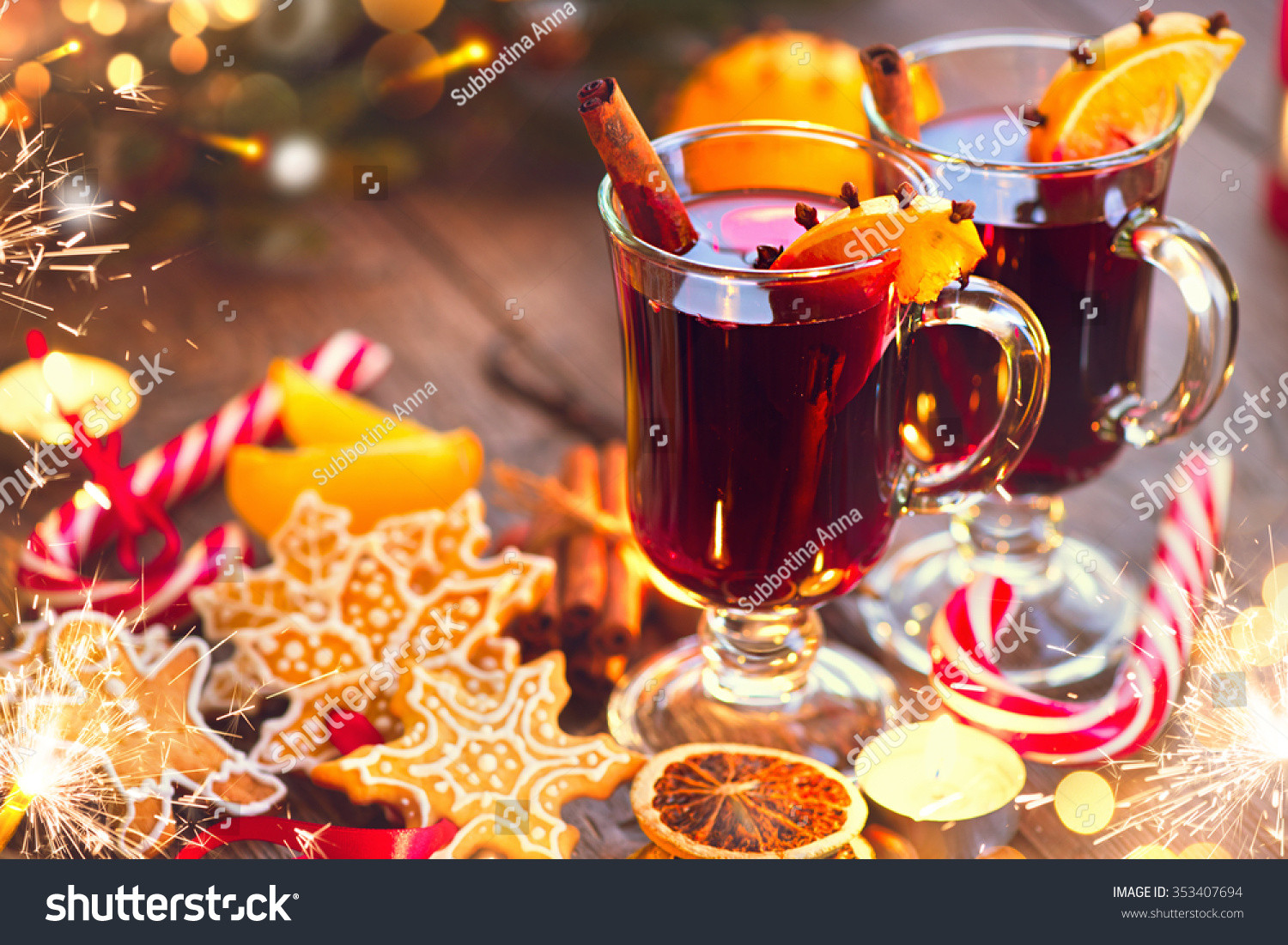 Christmas Mulled Wine  Mulled Wine Traditional Christmas Mulled Wine Stock
