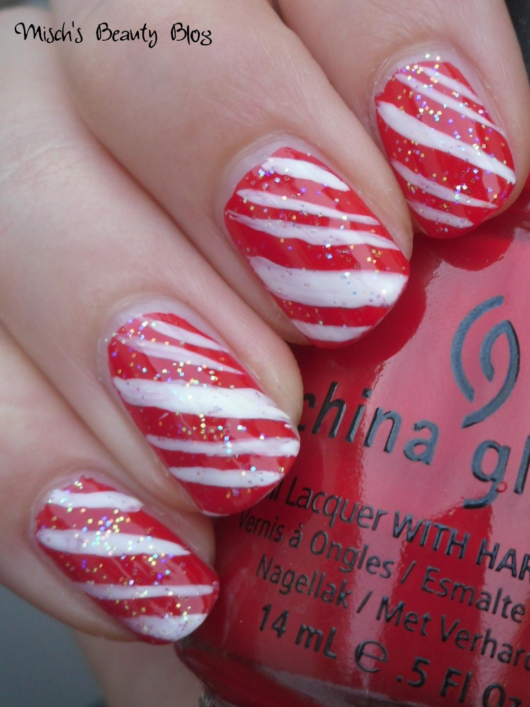 Christmas Nails Candy Cane  Misch s Beauty Blog NOTD December 15th Candy Cane Nail Art