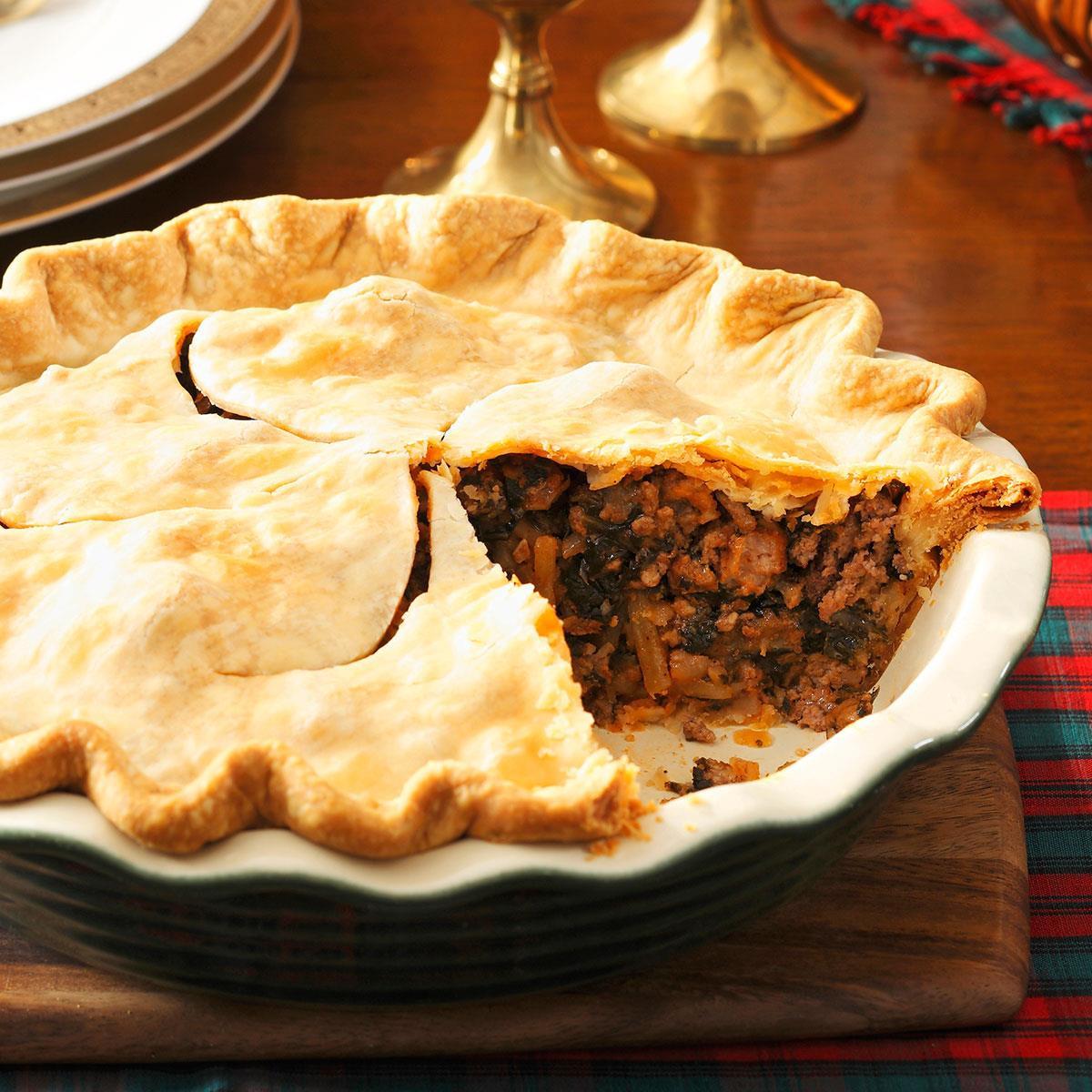 Christmas Pie Recipes  Christmas Eve Meat Pie Recipe