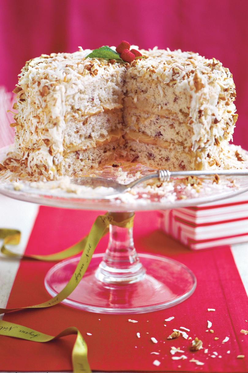 Christmas Pies And Cakes  Heavenly Holiday Desserts Southern Living