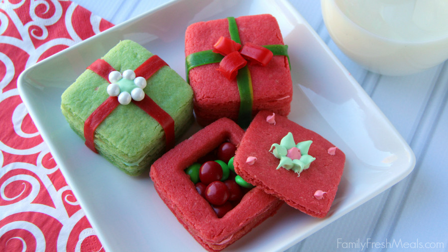 Christmas Present Cookies  Crafty Holiday Cookies for Kids 3D Present Cookies