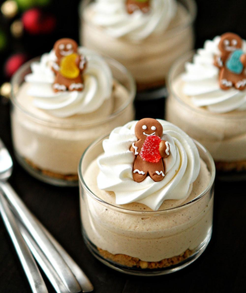 Christmas Recipes Desserts  Gingerbread Oreo No Bake Mini Cheesecakes