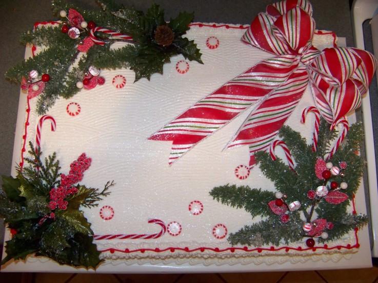 Christmas Sheet Cake Ideas  Christmas themed sheet cake Cake Decorating munity