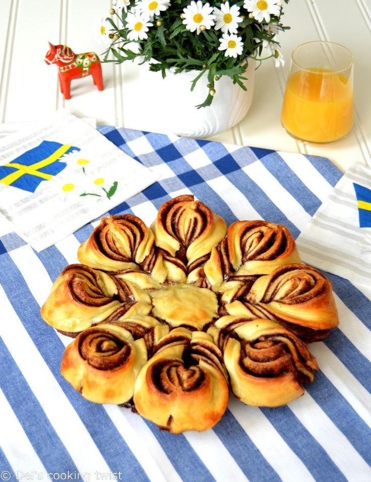Christmas Star Twisted Bread  295 best images about Bread & Cinnamon Rolls on Pinterest