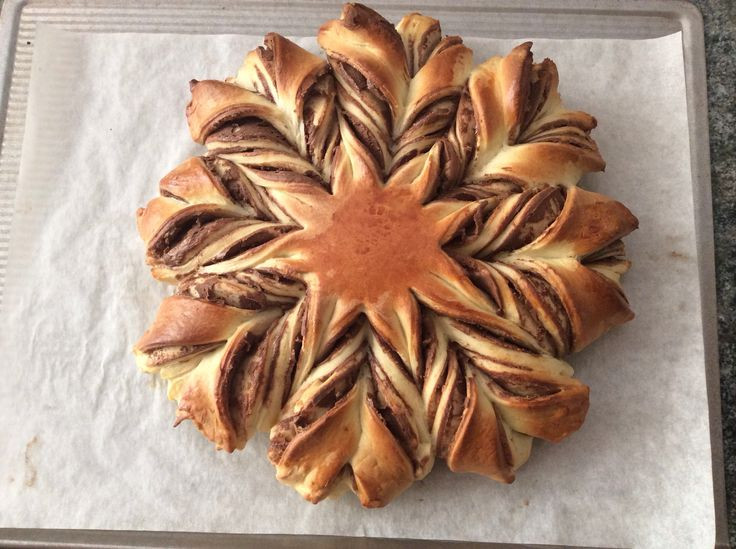 Christmas Star Twisted Bread  NUTELLA BRAIDED TEAR AND SHARE BREAD Valentine
