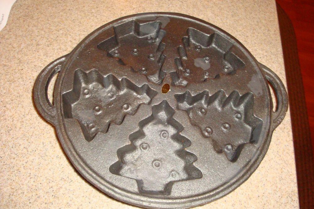 Christmas Tree Baking Pan  Cast Iron Christmas Tree Mold Baking Pan