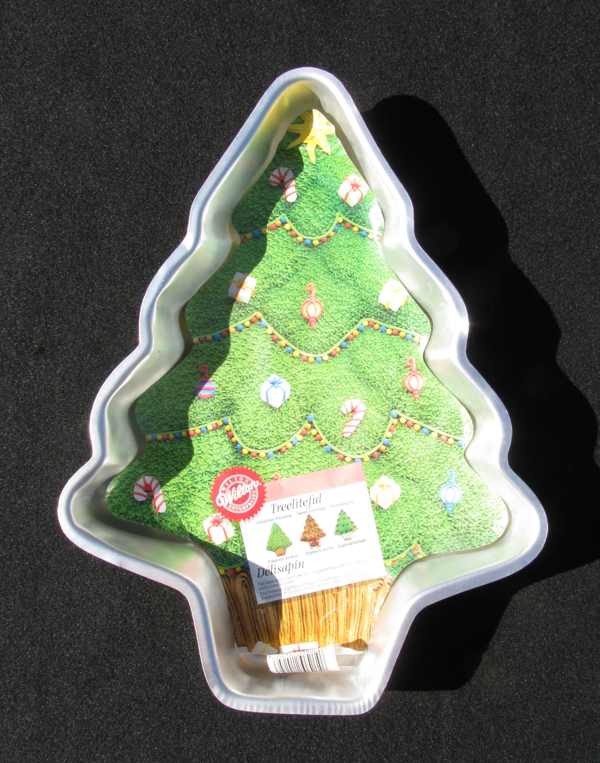 Christmas Tree Baking Pan  Wilton Christmas Tree Cake PAN With Insert Holidays Family