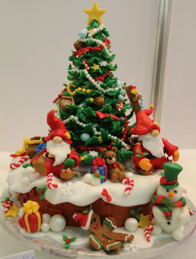 Christmas Tree Cakes  15 Amazing Christmas Cakes A Holiday Scene