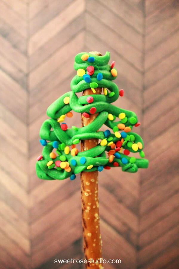 Christmas Tree Pretzels  Pretzel Christmas Trees I Heart Nap Time