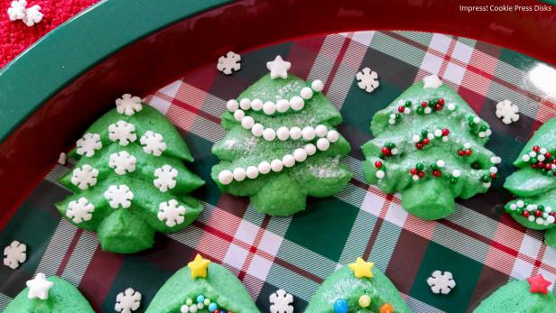 Christmas Tree Spritz Cookies  How to Make Christmas Tree Spritz Cookies – With Video