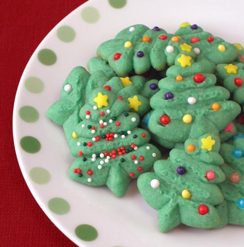 Christmas Tree Spritz Cookies  Spritz Cookies CraftyBaking