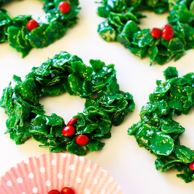 Christmas Wreath Cookies With Corn Flakes  Cornflake Christmas Wreaths Spicy Southern Kitchen