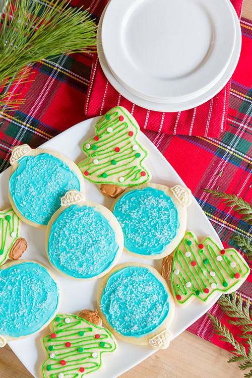 Classic Christmas Sugar Cookies  Classic Christmas Sugar Cookies