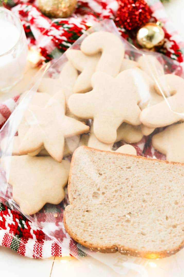 Classic Christmas Sugar Cookies  Classic Christmas Sugar Cookie Recipe