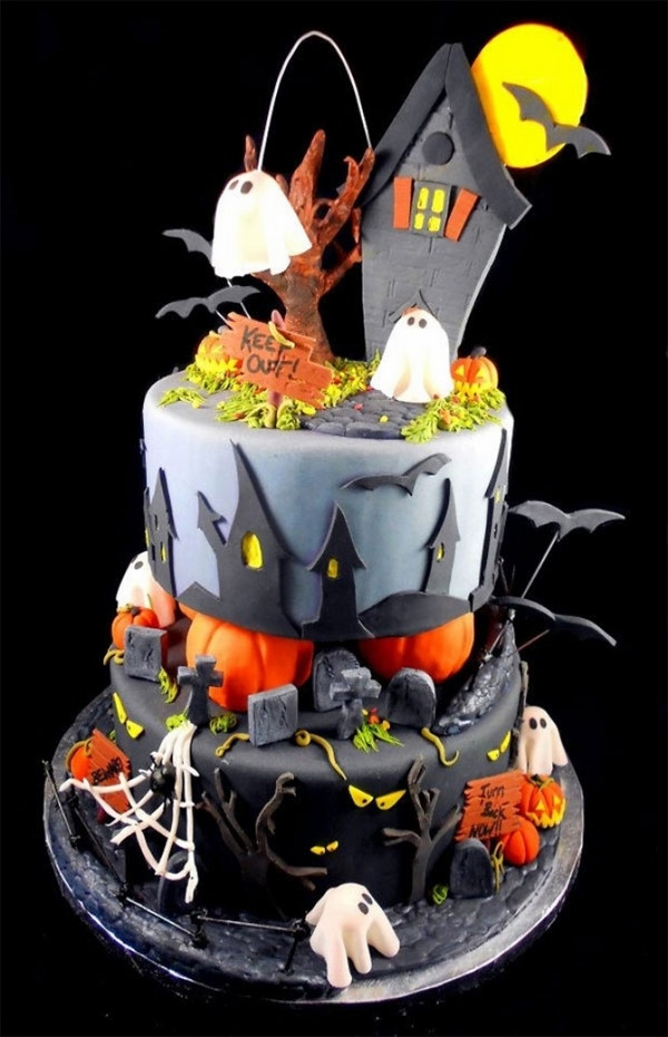 Cool Halloween Cakes  Non scary Halloween cake decorations – fun cakes for kids