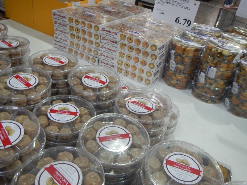 Costco Christmas Cookies  Stuff I didn't know I needed… until I went to Costco the