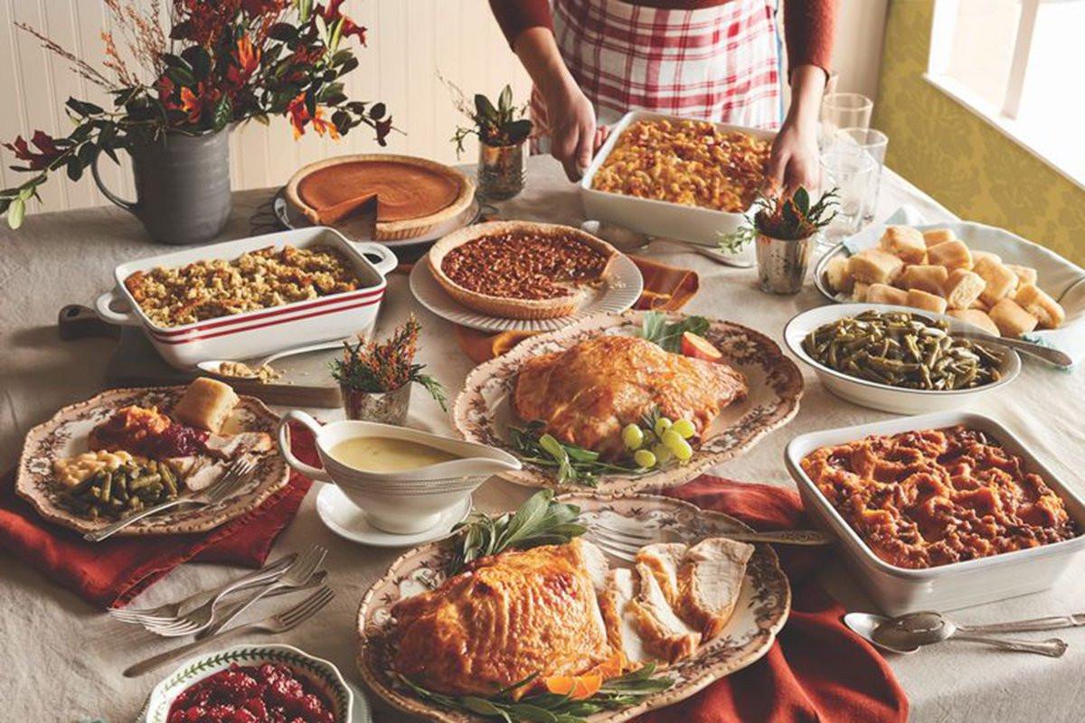 Cracker Barrel Thanksgiving Dinner  Cracker Barrel Has Thanksgiving Heat n Serve Dinner