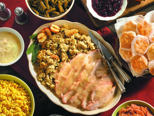 Cracker Barrel Thanksgiving Dinner  9 East Valley places to order Thanksgiving dinner to go