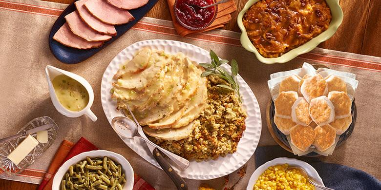 Cracker Barrel Thanksgiving Dinner  Get A Thanksgiving Dinner For $10 At Cracker Barrel