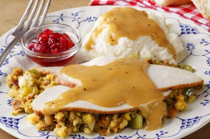 Cracker Barrel Thanksgiving Dinner To Go Price  Cracker Barrel from 10 Chains That Will Be Serving