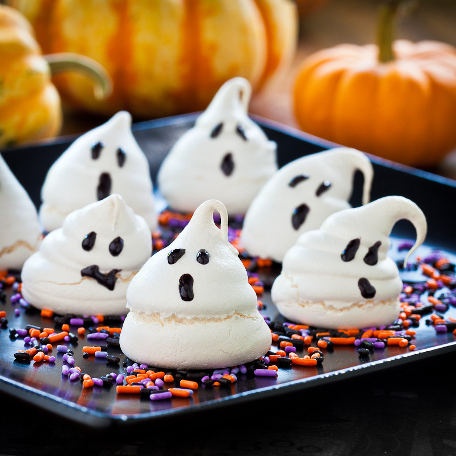 Cute Halloween Cookies  Cute Food For Kids 48 Edible Ghost Craft ideas for Halloween